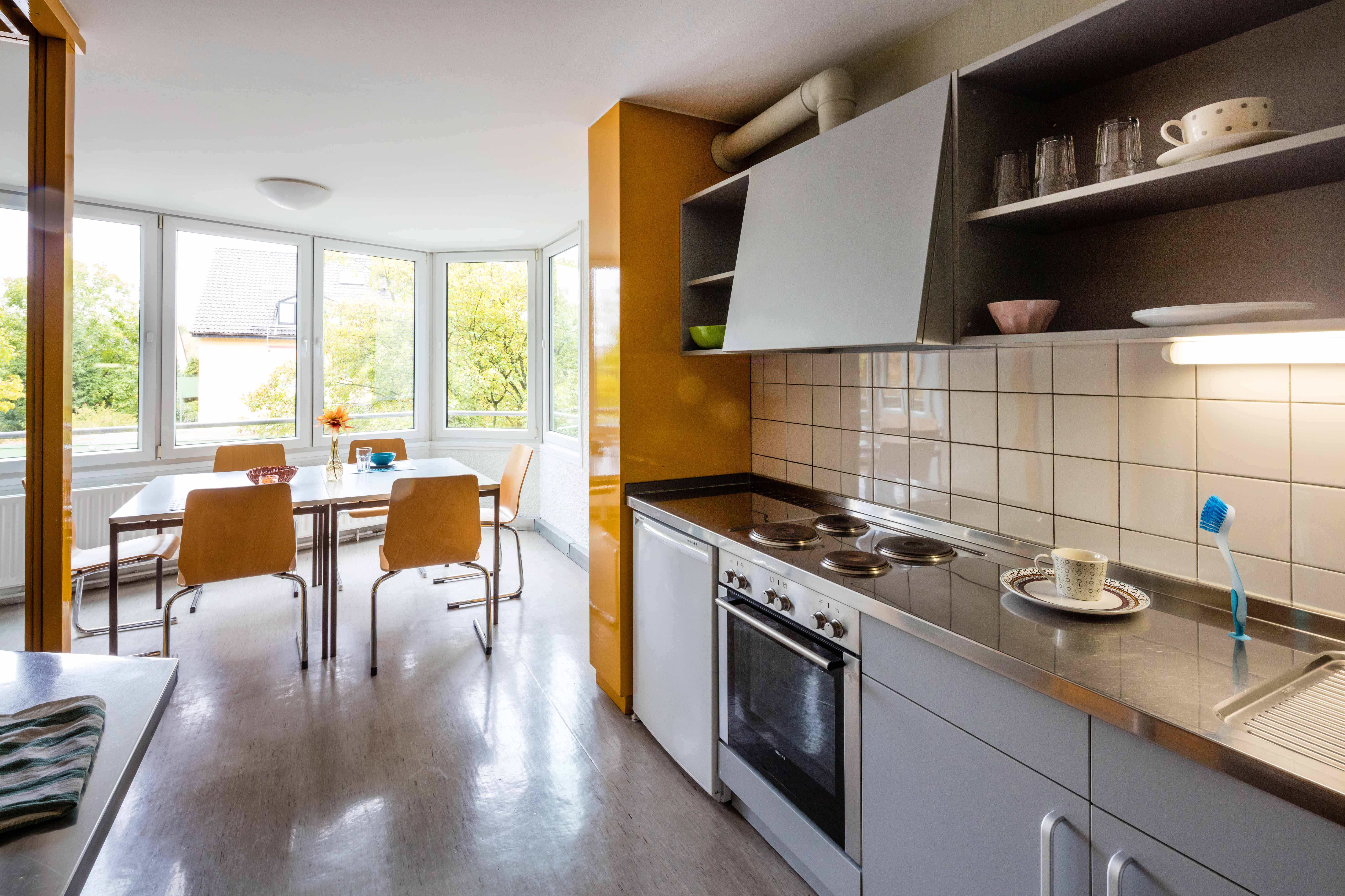 www kchen quelle de trendy einbaukchen u was sie wissen sollten der groe kchenquelle ratgeber. Black Bedroom Furniture Sets. Home Design Ideas